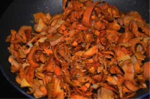 anacates4 300x198 - Anacate (Wild Golden Chanterelle) with provençal sauce