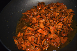 anacates5 300x198 - Anacate (Wild Golden Chanterelle) with provençal sauce