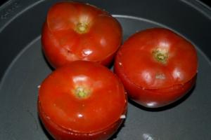 Tomates Manzanos con Queso de Chancol 12 mundochapin 300x200 - Tomatoes with Chancol® Cheese