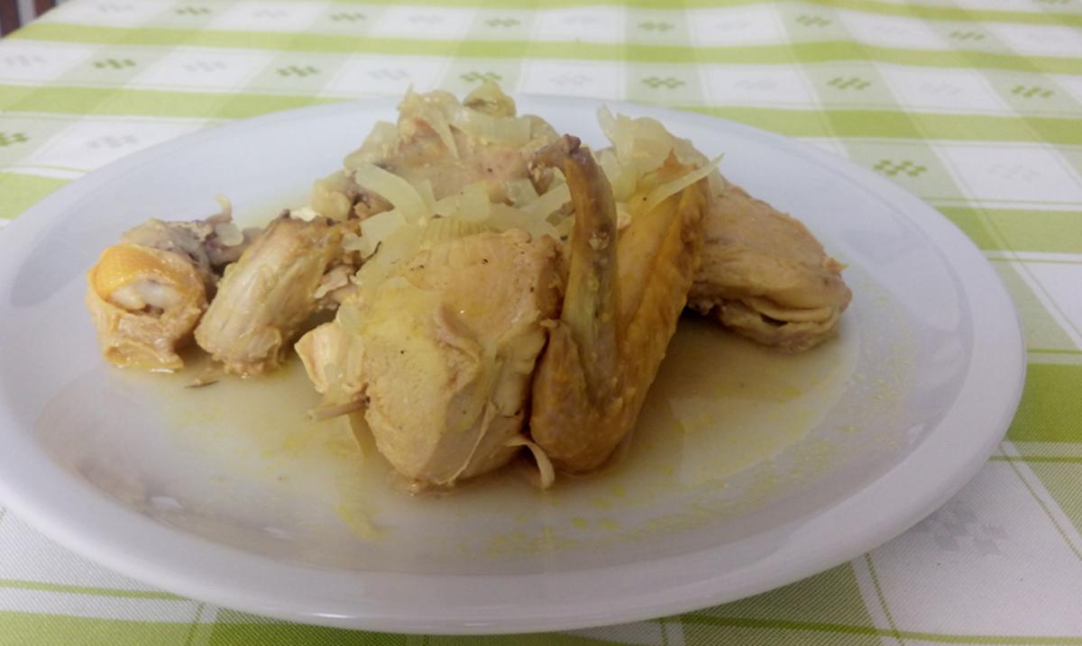 receta pollo encebollado mundochapin guatemala - Pollo encebollado